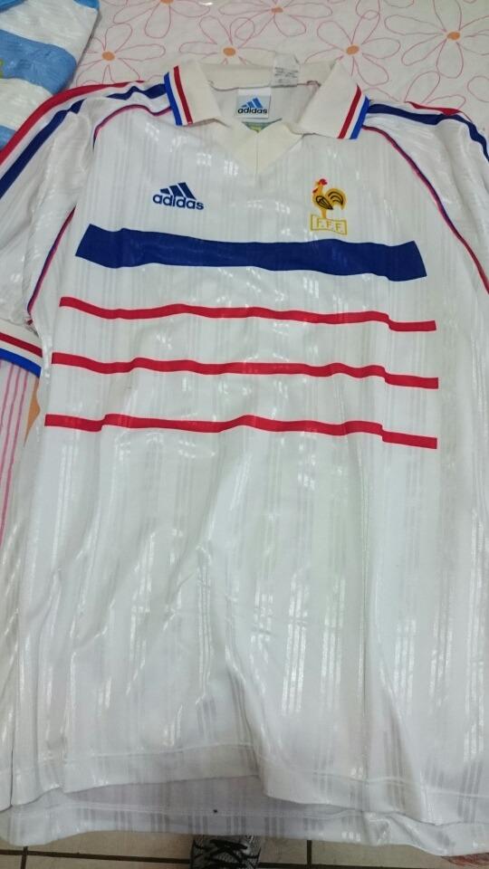 lote de camisetas antigas de futebol. Carregando zoom. d6e4e860ce4aa