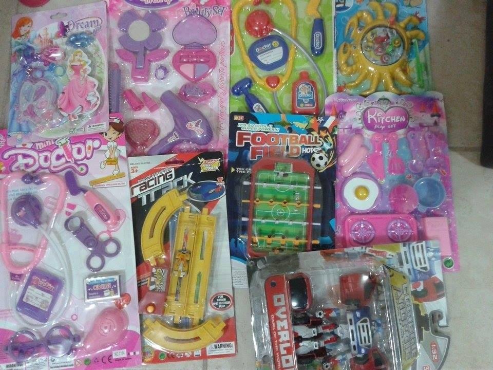 Lote de juguetes 50 piezas ni os ni as y bebes bolos for Piezas para bebes