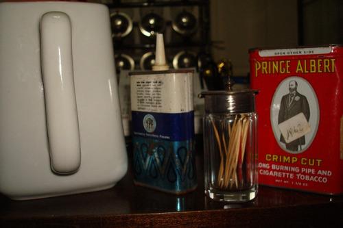 lote de latas y palillero antiguos c/jarra