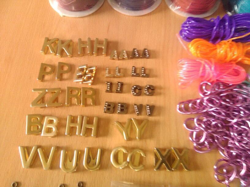 5b31440d320e lote de material para bisuteria. Cargando zoom.