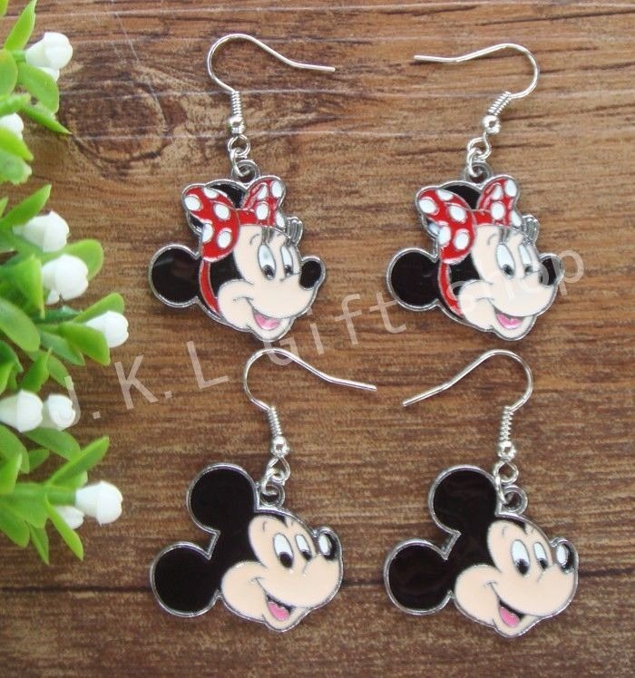 d049ff92b440 Lote De Mickey Y Minnie Joyas Pendiente Moda... (10 Pairs ...