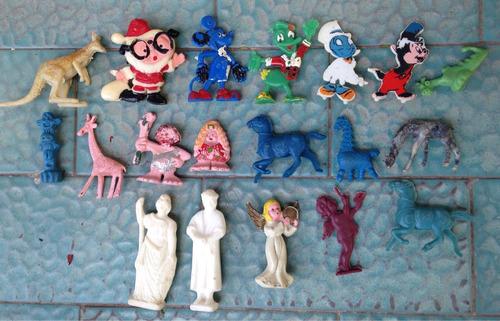 lote de muñecos varios cómo anteojito. mickey/donald