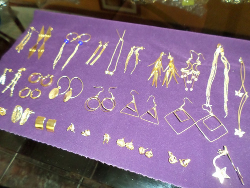 lote de semijoyas (aretes,anillos,dijes,pulseras) 6088 items
