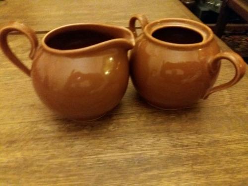 lote de tetera y azucarera de ceramica (leer)