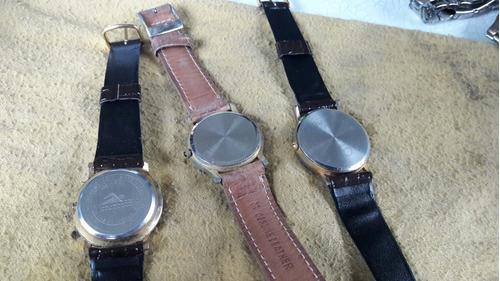 lote de tres relojes quartz funcionando