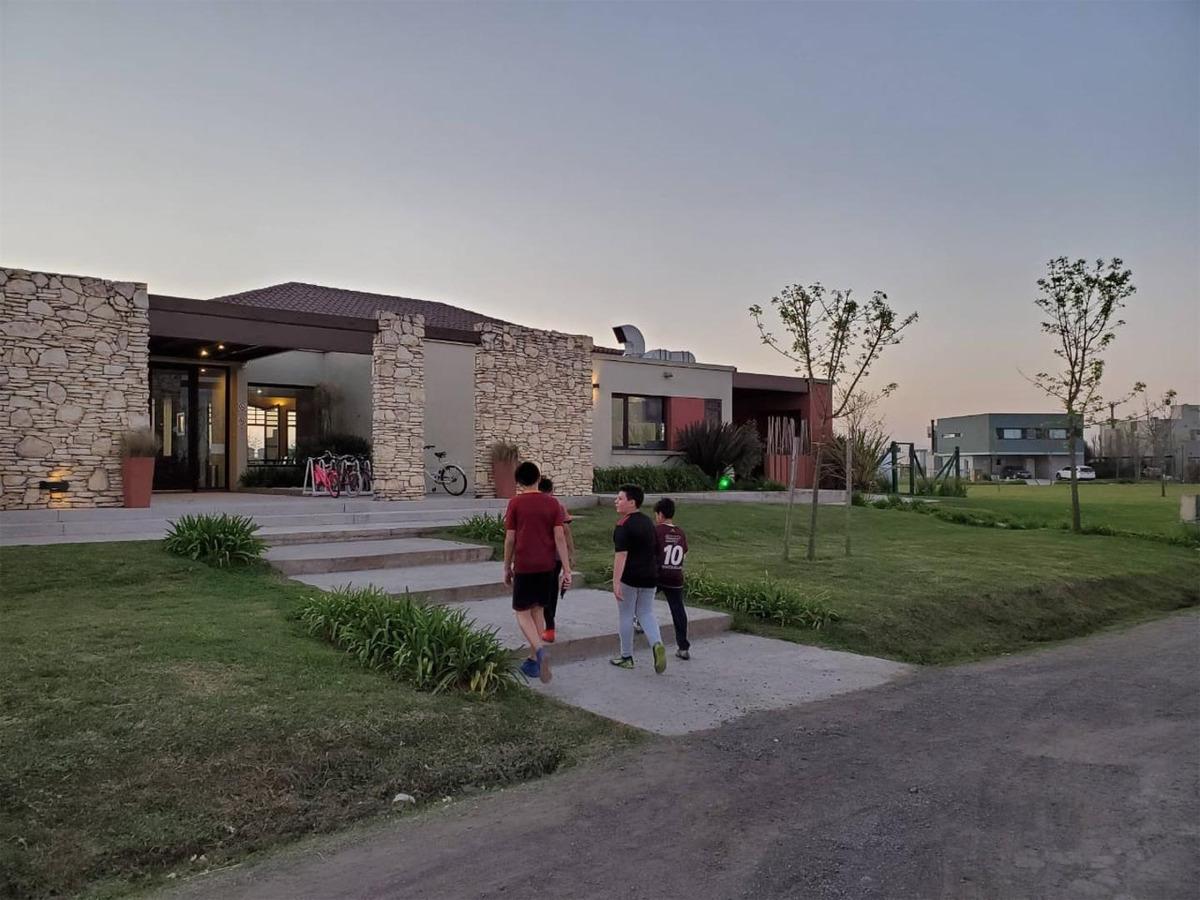 lote en barrio santa rita con proyecto y plano aprobado