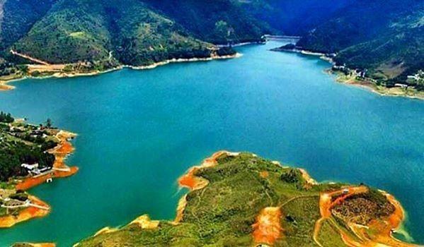 lote en calima con acceso al lago