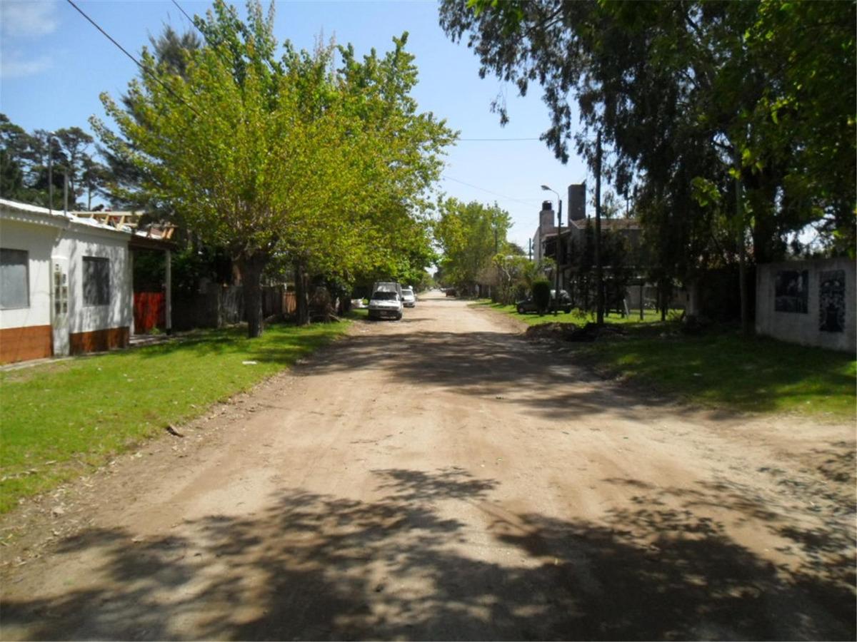 lote en calle 20 e/ 73 y 74 (cod. 935)