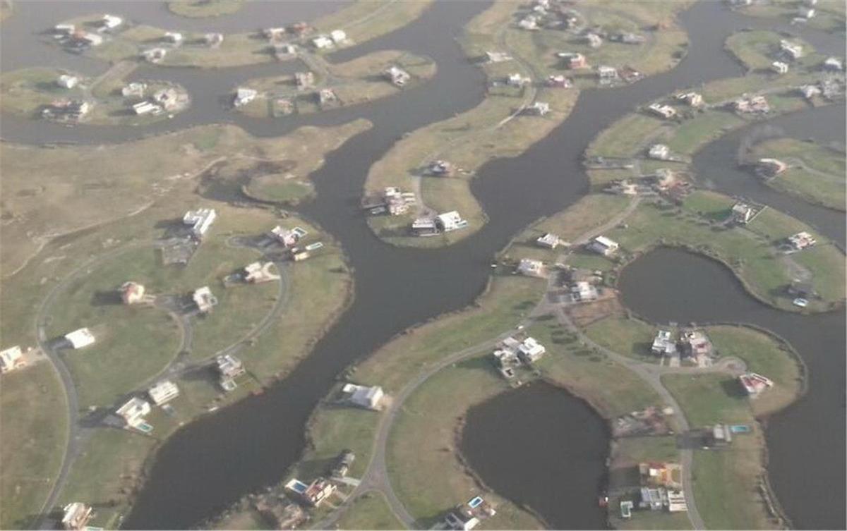 lote en el canton barrio norte a la laguna