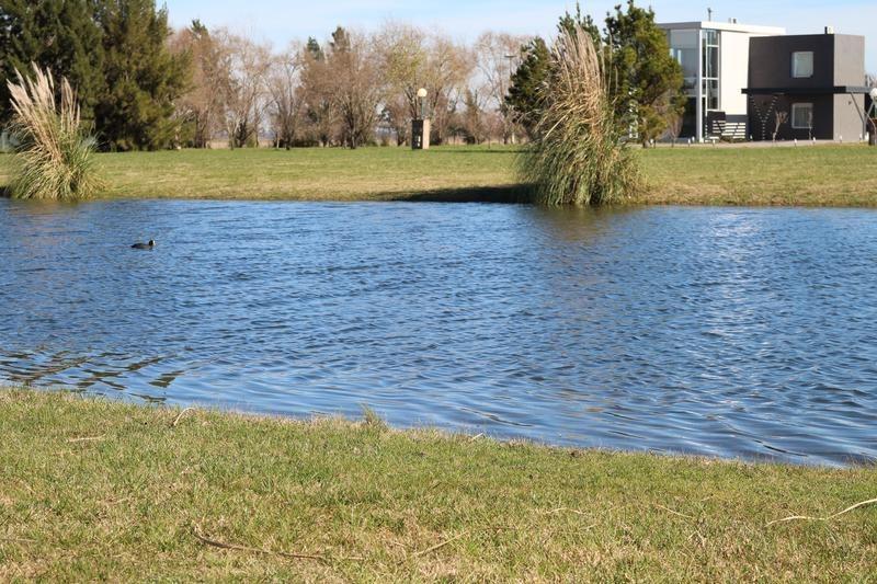 lote en posada de los lagos brandsen