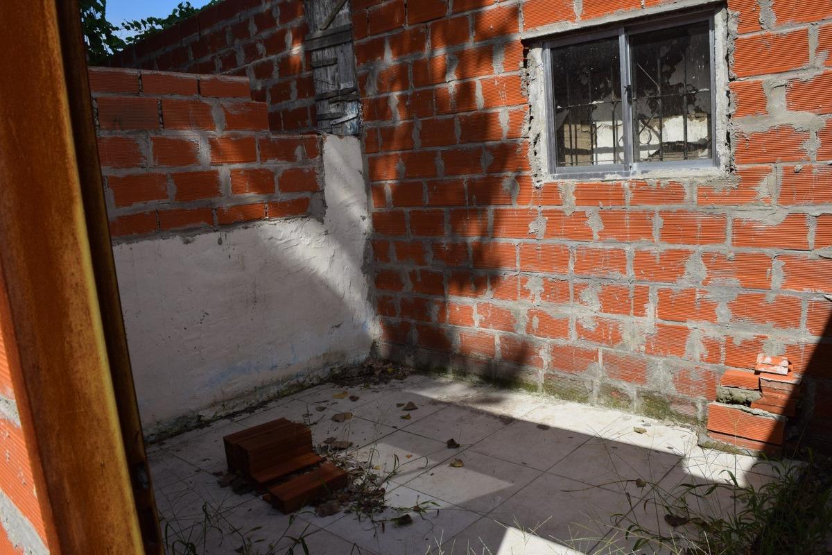 lote en san fernando  con casa en construcción