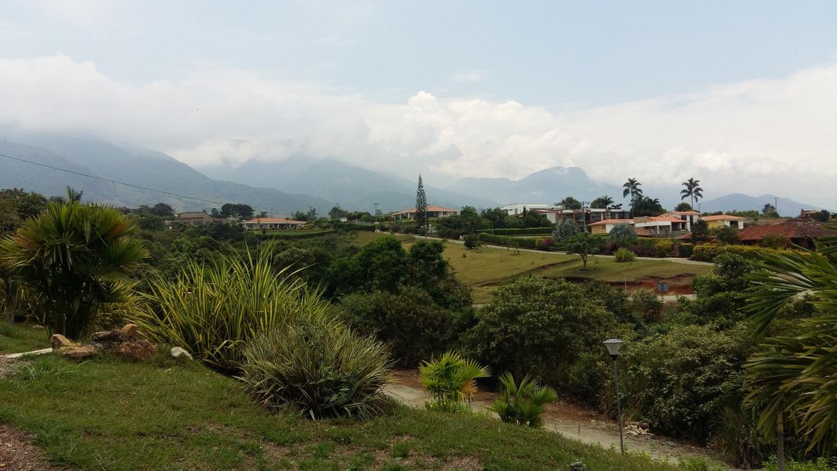 lote en santa elena con vista al valle del cauca