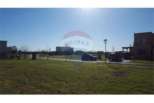 lote en venta 738 m2 - barrio el canton puerto