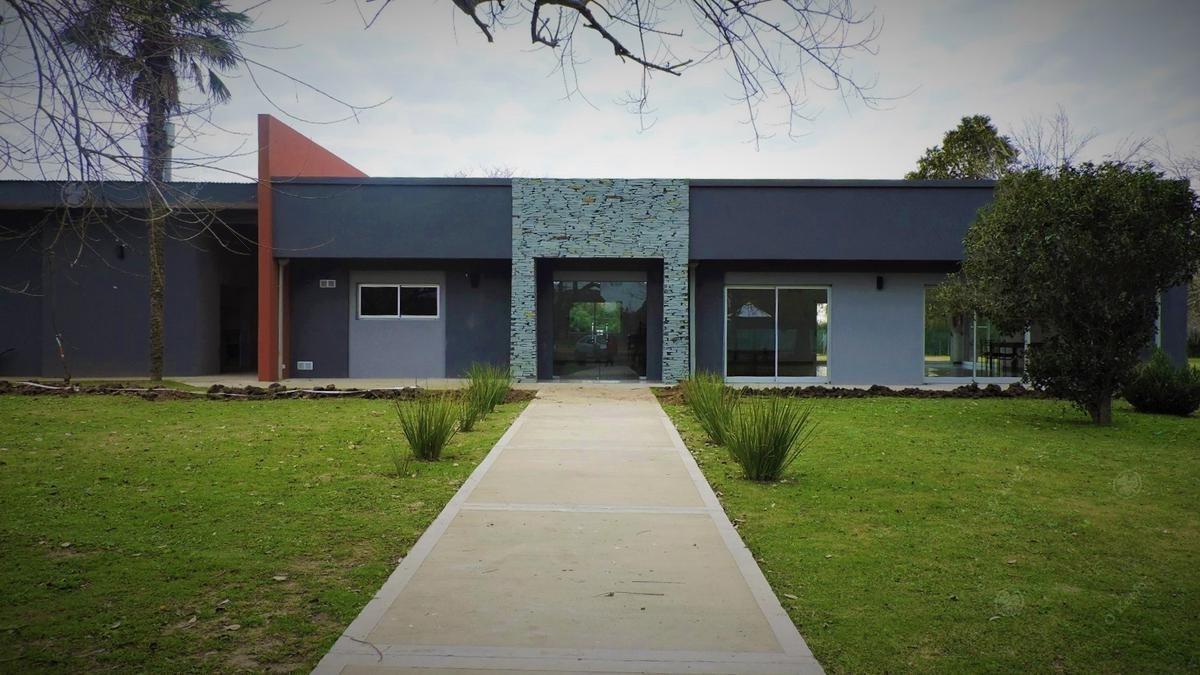 lote en venta de 581 m2 en el barrio la reserva de hudson