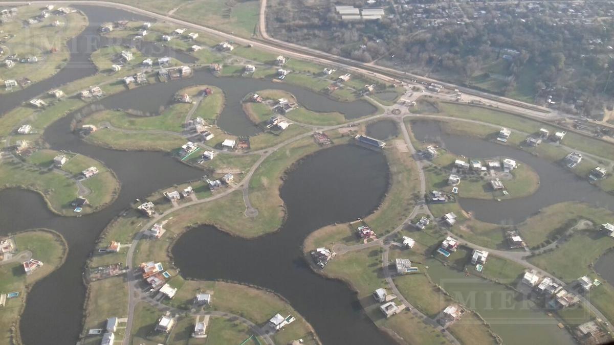 lote en venta el cantón  barrio norte a  la laguna!!