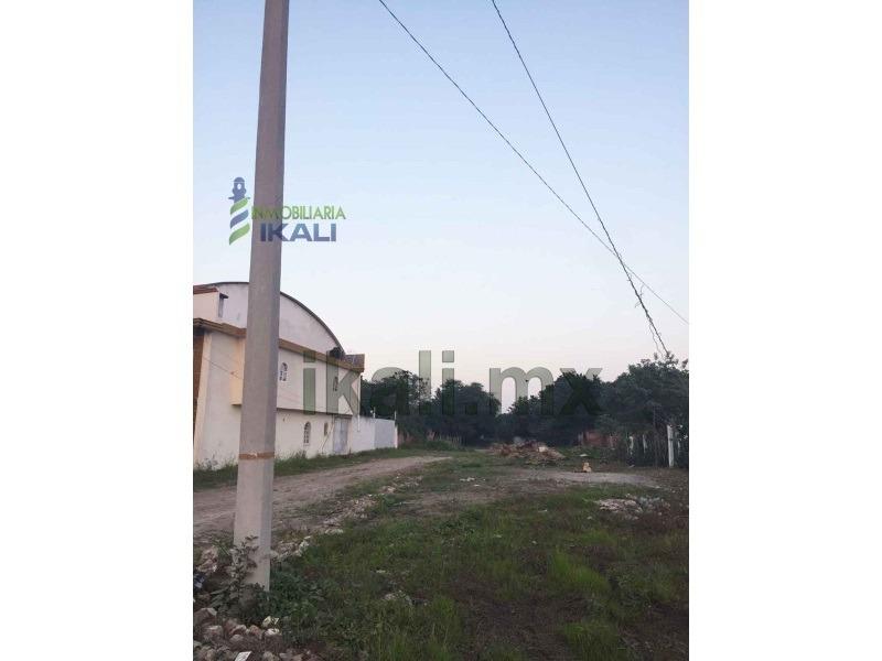 lote en venta en col. ampliación veracruz poza rica veracruz 199 m², el terreno se encuentra ubicado en la calle coatepec de la colonia ampliación veracruz, cuenta con 198.88 m² son 9.5 m. de frente