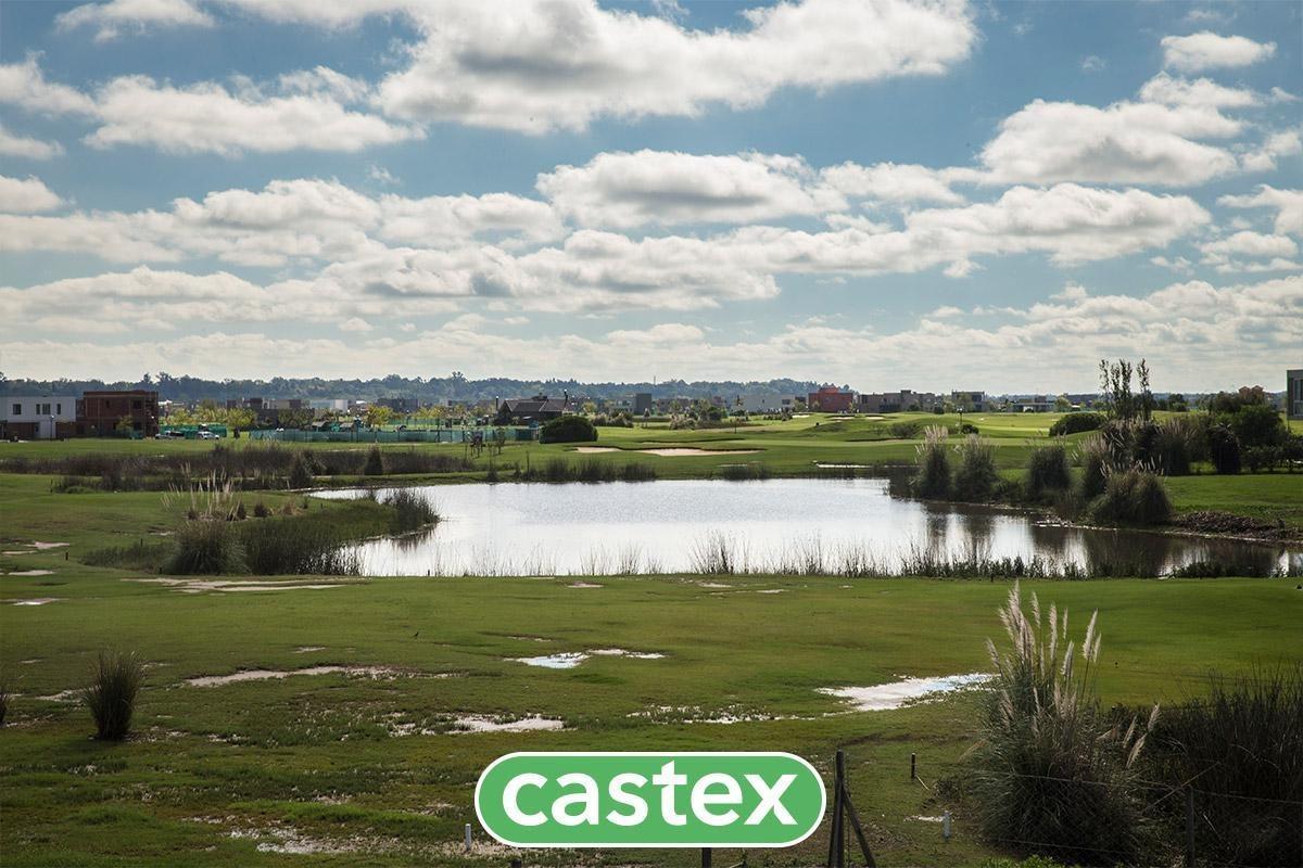 lote en venta en el cantón con vista al golf
