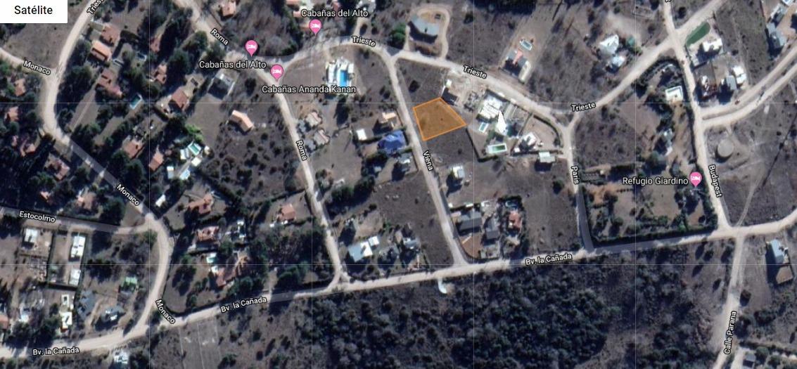 lote en villa giardino b°la cañada. 814 m2. servicios y escritura