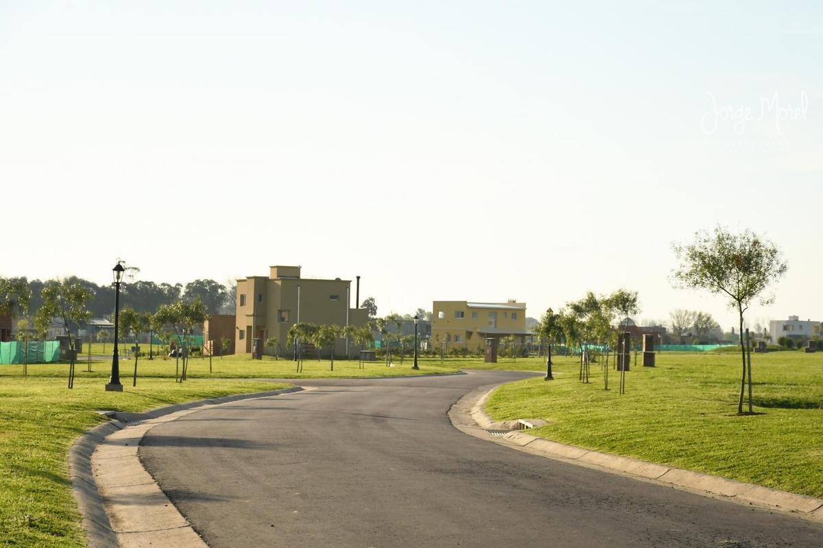 lote interno #100-200 - pilar del este - santa guadalupe - 640m2 #id 7975