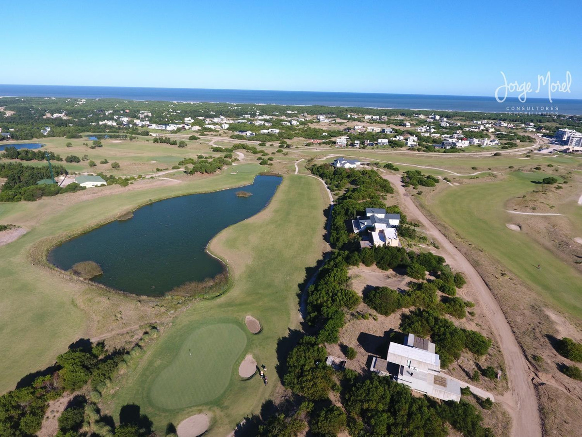 lote interno #600-700 - costa esmeralda - golf 2 - 834m2 #id 11432