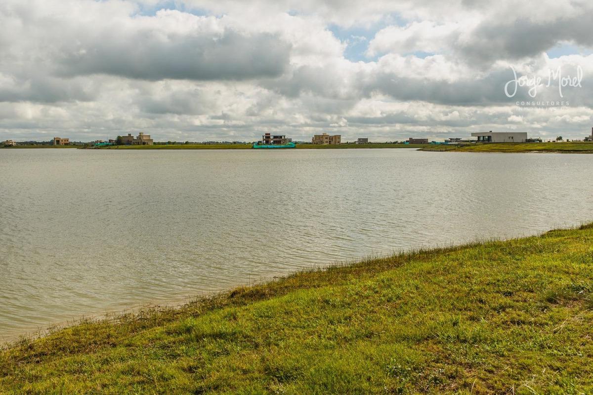 lote laguna #100-200 - san sebastian - area 8 - 883m2 #id 1886