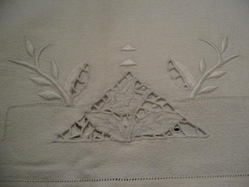 lote manteles y servilletas viejos . año : 1920 artesanales