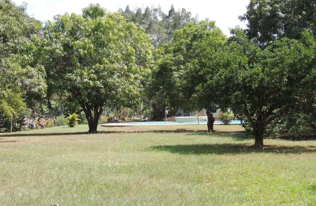 lote melgar de 6480 mts2,con piscina  privada de 12 x 18 mts