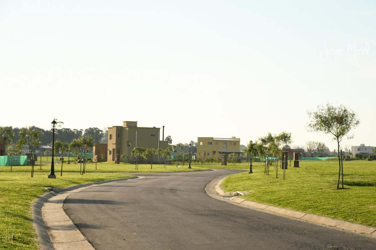 lote perimetral #500-600 - pilar del este - santa guadalupe 2 - 670m2 #id 14759