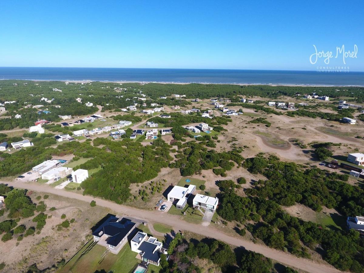 lote perimetral bueno #0-100 - costa esmeralda - residencial 2 - 1569m2 #id 12212