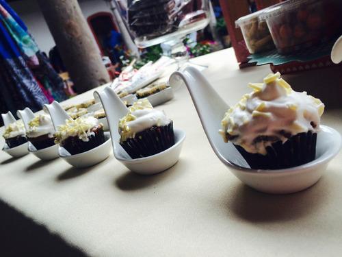 Lote platos cristaler a para mesa de dulces cupcakes for Platos dulces