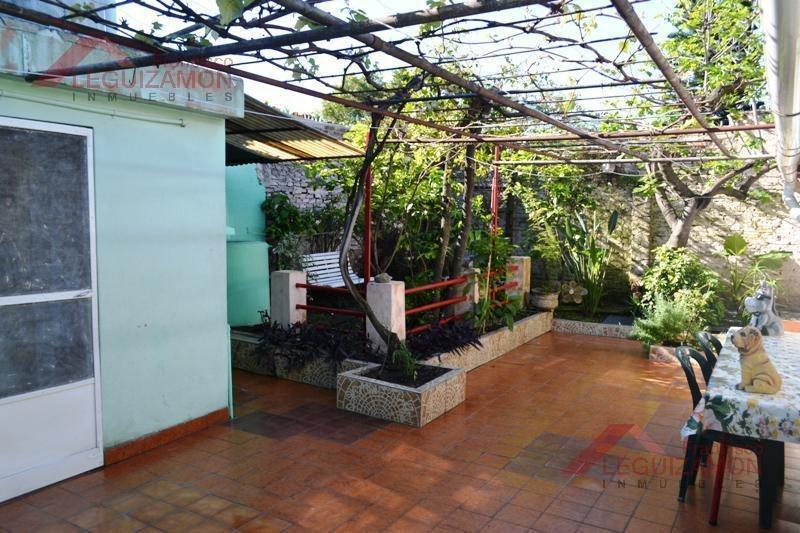 lote propio - 200m2 - garage cubierto - amplio patio - super luminosa