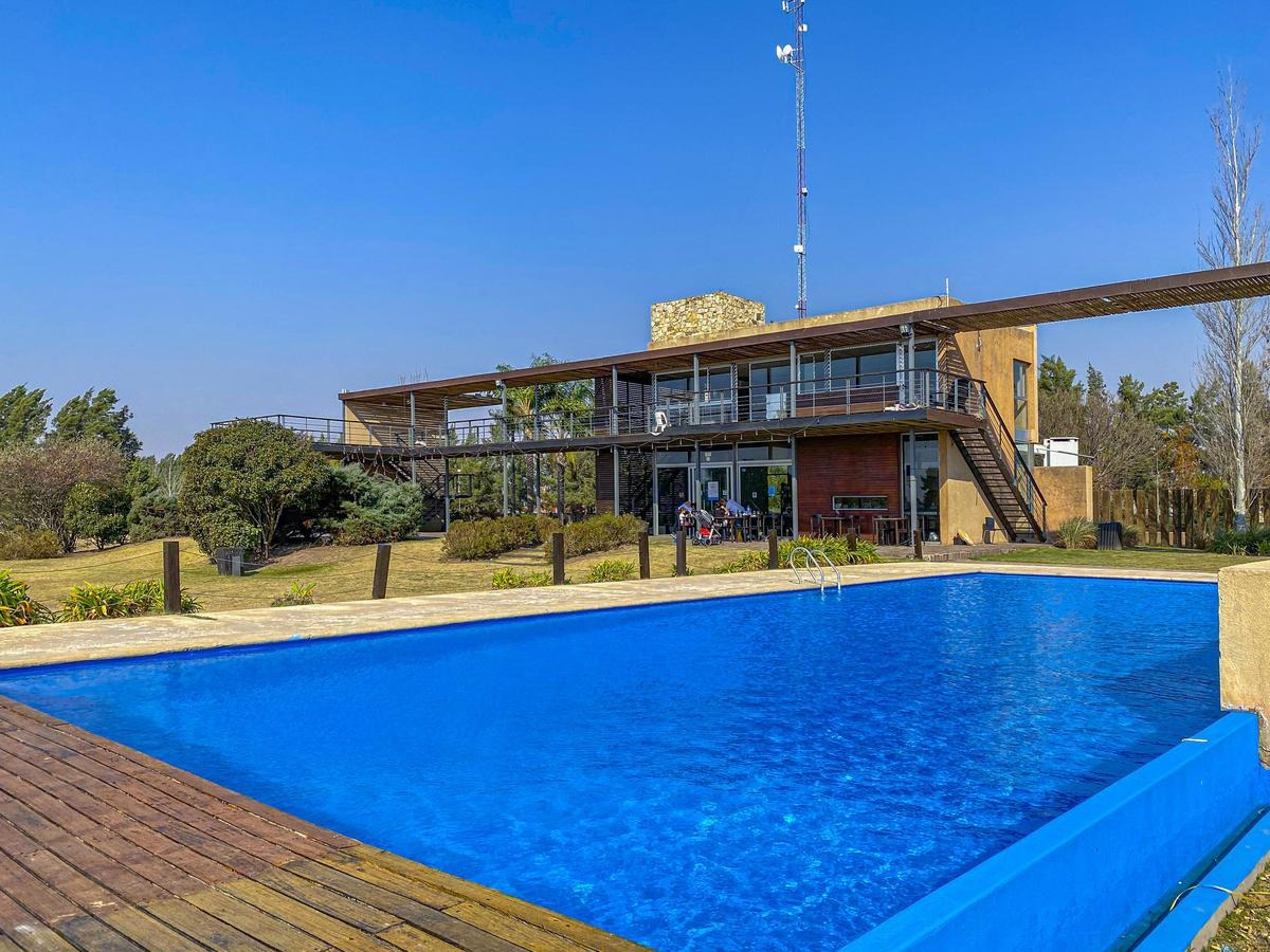 lote | puerto roldan | amenities
