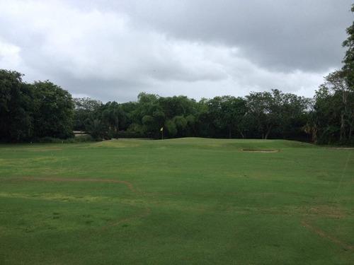 lote residencial con vista al campo de golf en venta en fracc. la ceiba, mérida