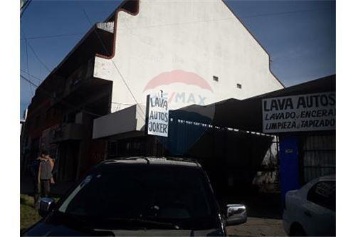 lote sobre avenida de 346 m2,ideal emprendimiento!