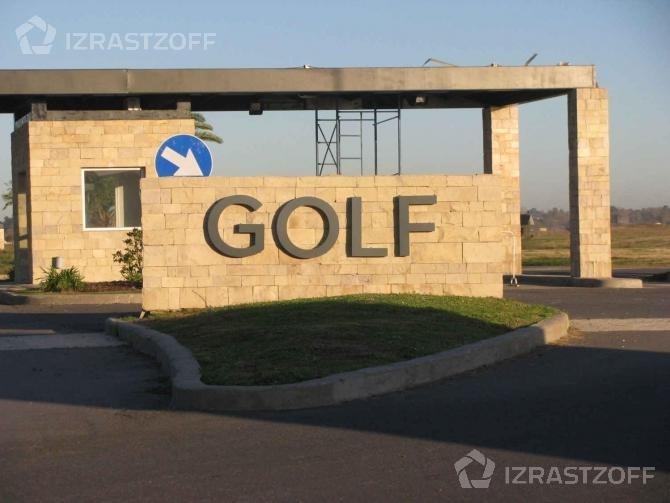 lote sobre el golf