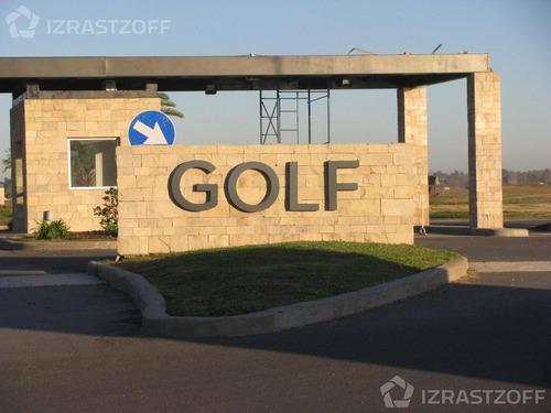 lote sobre golf en el canton