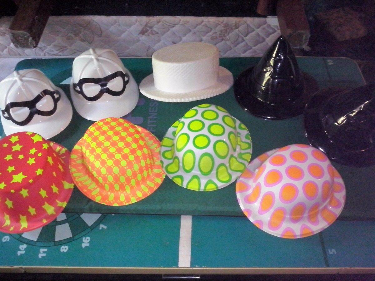 lote sombreros de plastico cotillon para fiestas halloween. Cargando zoom. 070353950fd