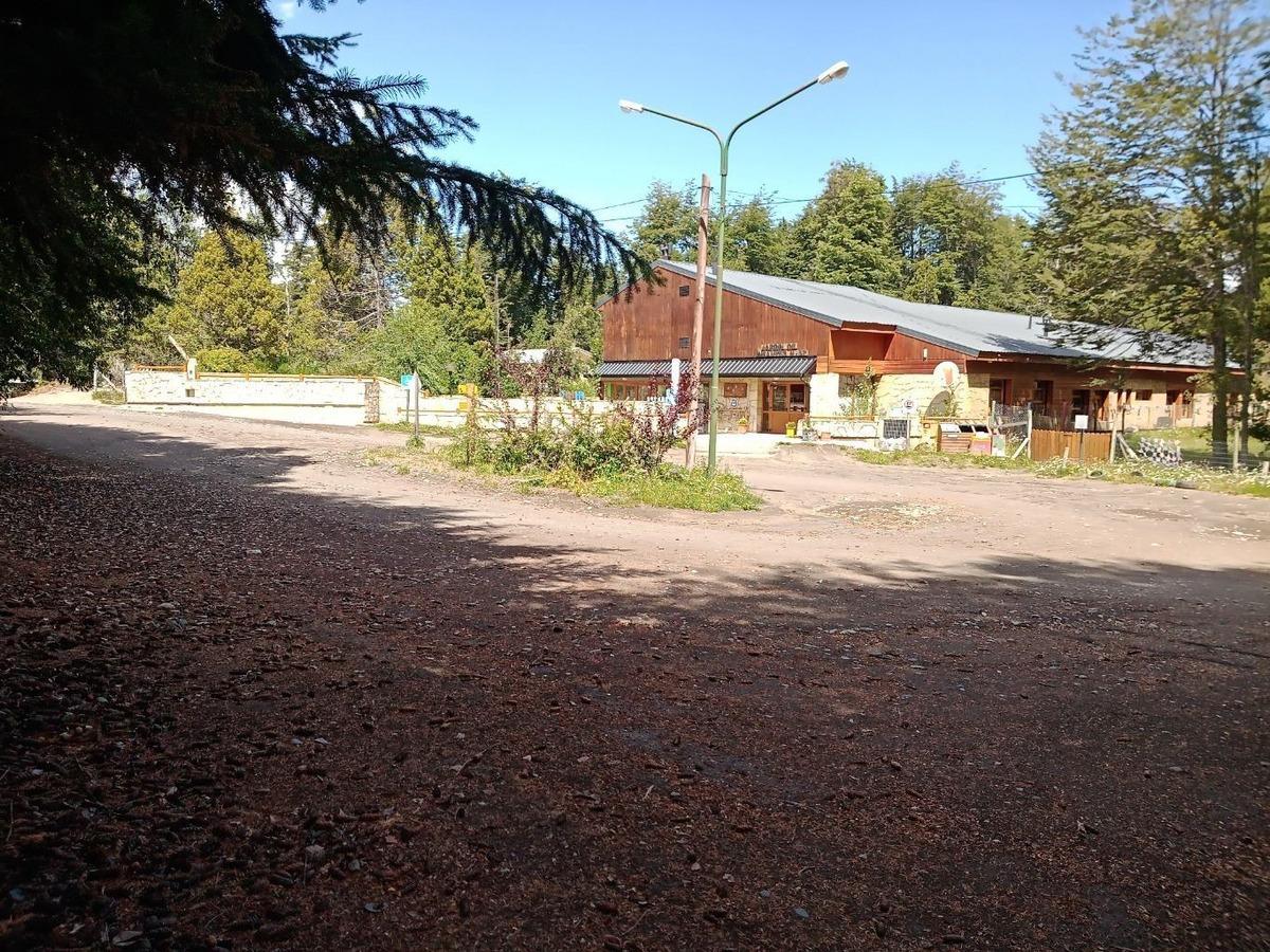 lote / terreno de 2.885m2 en villa la angostura