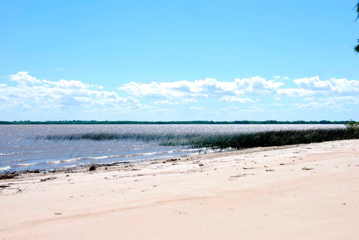lote, terreno en venta. sobre la playa. carmelo. puerto