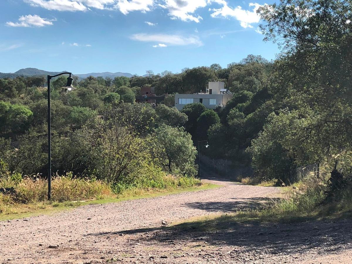 lote terreno sierra nueva 1309 m2 barrio cerrado mendiolaza