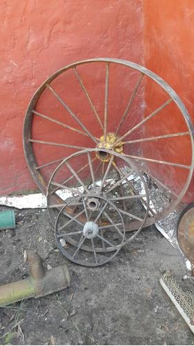 lote tres ruedas hierro antiguas