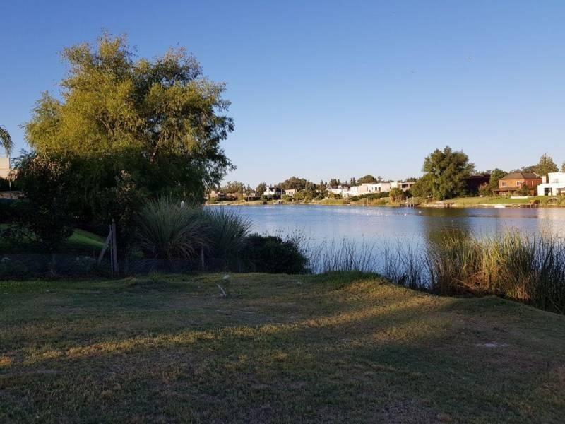lote unico a la laguna  san isidro labrador ref 1266