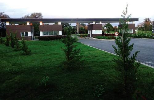 lote venta en  barrio greenville polo y resort