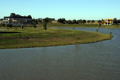 lote venta en  barrio la faustina -a la laguna-financiado