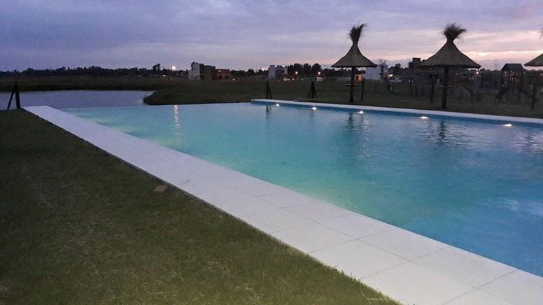 lote vta. en  barrio privado laguna azul-a la laguna pro209
