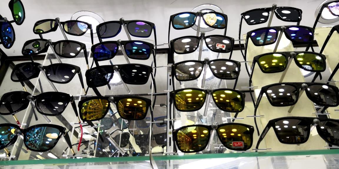 42998543df588 Lote kit 10 Óculos Masculinos Sol Escuros Polarizados - R  160,00 em ...