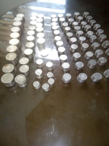 lotes de 827 monedas variadas de 5,2,1, de níquel puro.
