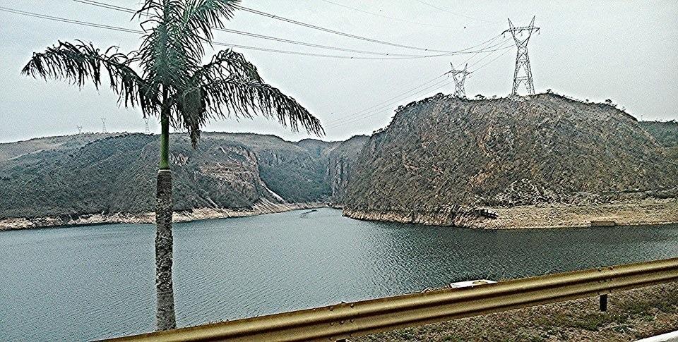 lotes de terreno nas margens da represa de furnas.