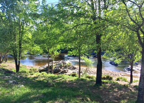 lotes en los reartes frente al rio
