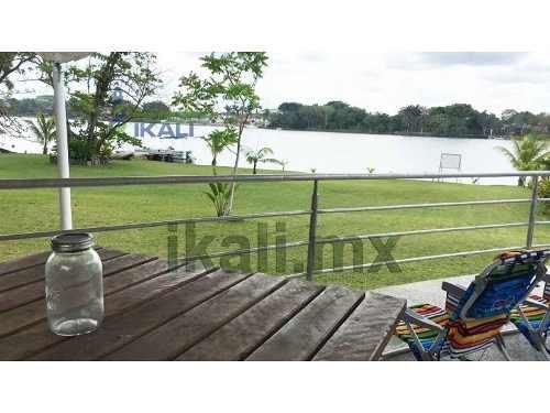 lotes en tuxpan veracruz en venta en tuxpan, en juana moza en  'arboledas del río' un fraccionamiento campestre a la orilla del hermoso río tuxpan a solo dos horas y media del df. terrenos de 600 m²